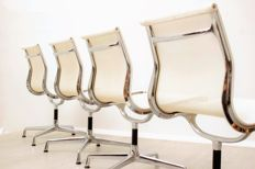 Charles & Ray Eames by Vitra – Set of 4 white 'EA107' desk chairs