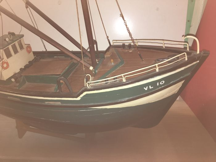 Large wooden scale model of a fishing boat origin age for 13 fishing origin c