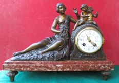 Table Clock with Figurines Signed 'Ruffony' on a marble base - Late 19th/early 20th century