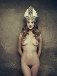 Photography; Lot with poster & 9 postcards by Marc Lagrange - 2011