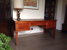 Morelato cherry wood desk with fine leather upholstery on the surface, 20th century