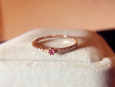 18Kt - Pink Gold - Ruby ring  -  diamonds  0.10 ct total - size 53.5
