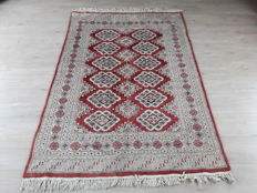 Very Beautiful Hand-knotted Oriental - Bukhara 180cm x 126m No reserve Price! Don't miss it!