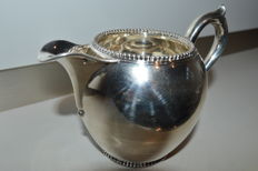 Silver creamer jug, The Netherlands, Voorschoten, N.M. van Kempen and sons, 1889