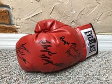 Floyd Mayweather, Sr-Roger and Jeff Mayweather signed USA Boxing-Everlast glove-TMT-Money-Team-PSA-DNA-LOA Autographed w/ COA