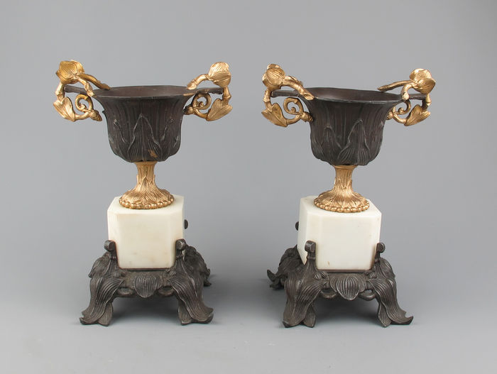 A pair of metal - zamac and marble mantelpiece vases - France circa 1900.
