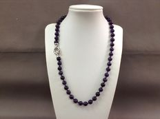 Amethyst necklace with 925 silver, ornamental clasp - 51 cm.