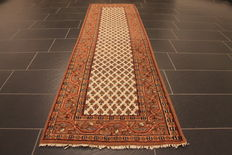 Magnificent hand-knotted oriental palace carpet, Sarough Mir, runner, 78 x 228 cm, made in India, best highland wool
