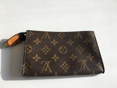 Louis Vuitton – clutch brown monogram