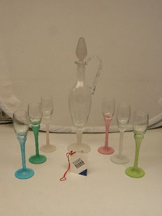 Chiaro Scuro - beautifully designed decanter with six glasses
