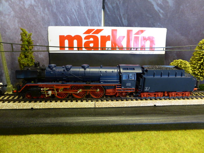Märklin H0 - From set 29845 - Steam locomotive with tender BR 03 of the DB