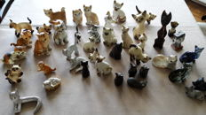 42 cats figurines