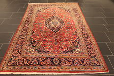 Very beautiful fine antique Persian palace carpet, Kashan, finest cork wool made in Iran, 152 x 240 cm