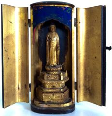 Original Buddhist butsudan or home altar depicting Buddha in Vitarka Mudrā - Japan - late 19th century