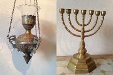 Sanctuary lamp of brass with original glass and large Jewish menorah candlestick - 20th century