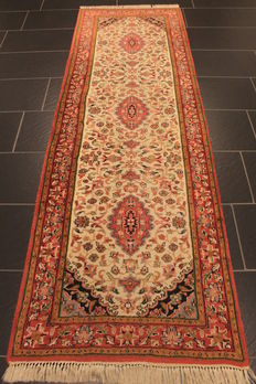 Magnificent hand-knotted oriental carpet, Indo Nain, runner, 80 x 250 cm, made in India, end of the 20th century