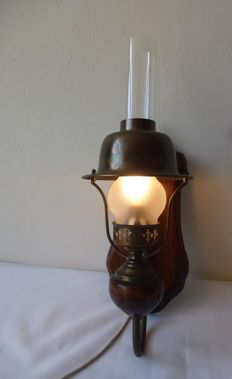 Copper wall-lamp with glass/frosted glass and wood