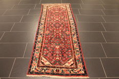 Antique high-quality hand-knotted Persian carpet, Malayer, made in Iran, natural dyes, 78 x 210 cm