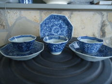 Three cups and saucers - China - ca. 1700 (Kangxie period)