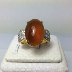 Gorgeous Agate diamonds  0.20- 0.25 ct 18 kt gold ring - size 8