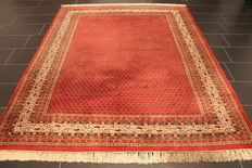 Magnificent hand-woven Oriental palace carpet, Sarouk Mir, 200 x 250cm, made in India, excellent highland wool