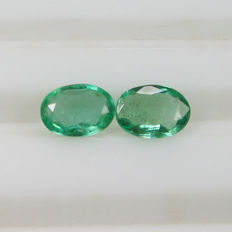 Emerald Pair - 1.33 Ct - No reserve price