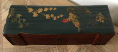 Lacquer box - France - 19th century