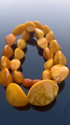 Antique beeswax egg yolk colour untreated Amber necklace, 43 grams
