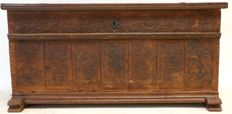 Oak blanket chest - the Netherlands - 18th century