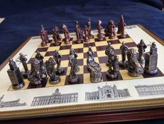 Historical chess: Monumental of Madrid. Artisan work.