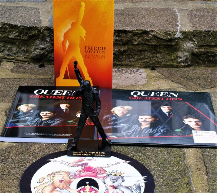 b48f9cabe Queen: Greatest Hits 180gm Heavyweight Vinyl Gatefold- First Time in Print  The Matching Book