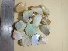 Rough opal lot - 33 grams (13)