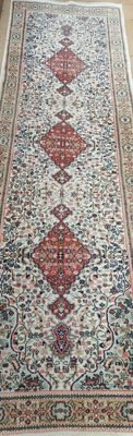Sarouk Hand knotted Oriental - Runner 300 x 90 - India - Second half of the XX century - No reserve