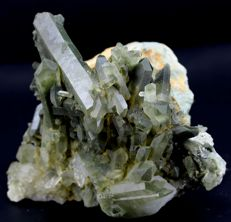 Huge size Terminated Green Chlorite Quartz Crystal Cluster on Matrix - 120 x 142 x 113 mm - 1646gm