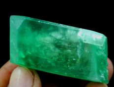 Undamaged Lush Green Facet Grade Kunzite Hiddenite Crystal - 48 x 22 x 11 mm - 44 gm