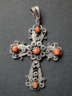 Beautiful filigree Nuns Cross in silver - ANTWERP - early 20th century