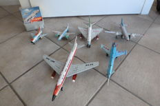 STF, China - various lengths - Lot with 6 tin aircrafts with friction motor, 1970s