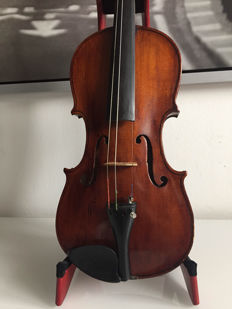 nice Old 4/4 violin, fixer-upper