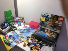 Technic / Friends / Creator - 8050 + 3183 + 5891 - Building Set with Motor + Stephanie's Cool Convertible + Apple Tree House