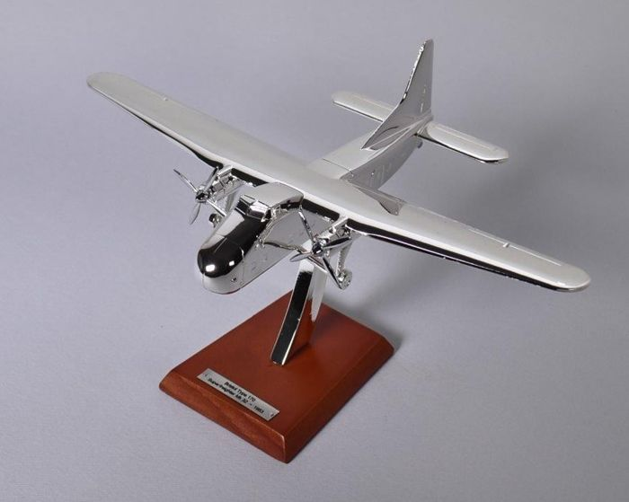 BRISTOL - TYPE 170 SUPERFREIGHTER MK32 from 1953 - new, in its box, 17 cm