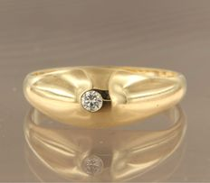 18 kt yellow gold ring set with brilliant cut diamond, approx. 0.05 carat in total, ring size 17.25 (54)