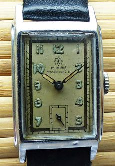 JUNGHANS Art Deco 15 rubies -- men's wristwatch from the 40s