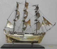 "Model of the vessel ""Bounty"" in silvered metal"