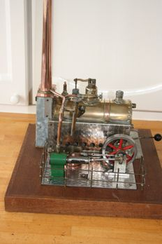 Steam engine, homebuilt from 1982, material: copper brass-stainless steel-wood