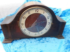 Juba mantle clock, Napoleon's hat design, from the 1940s/1950s