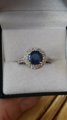 Authentic 1.78cts Blue Sapphire with white Topaz coctail ring. Old Style No Reserve