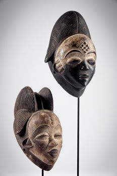 Pair of masks - PUNU - Gabon