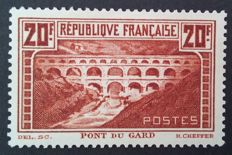 France 1929/1931 - Pont du Gard, 20 f. cauldron, cauldron (I), signed Calves with digital certificate, Yvert no. 262A