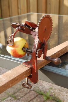 Very rare decorative apple peeling machine around 1900