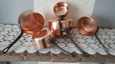 Five solid copper pans (Copper), thick and heavy copper, thickness 3 mm, circa 1960s/70s, France